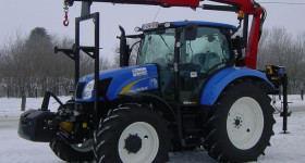 Grue HMF sur tracteur New holland